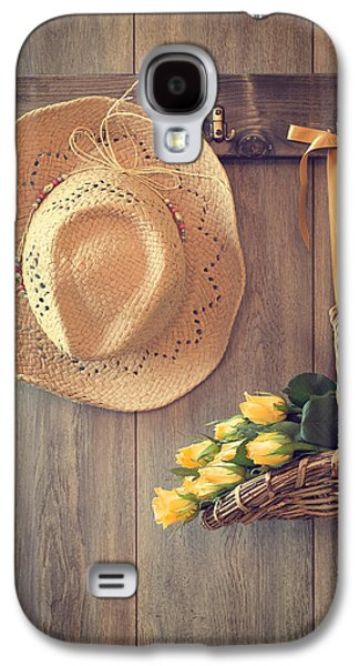 Shed Galaxy S4 Cases - Yellow Roses Galaxy S4 Case by Amanda And Christopher Elwell