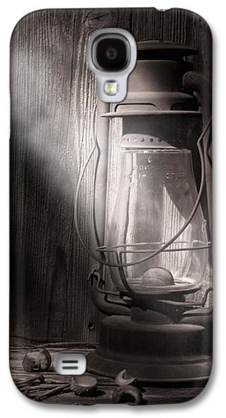 Old Barns Galaxy S4 Cases - Yesterdays Light Galaxy S4 Case by Tom Mc Nemar