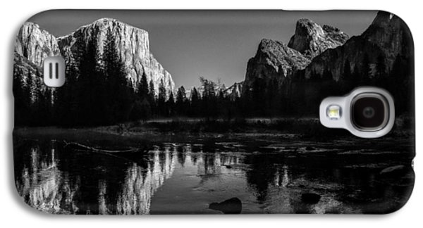 Cathedral Rock Galaxy S4 Cases - Yosemite National Park Valley View Winterscape Galaxy S4 Case by Scott McGuire