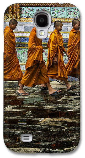 Buddhist Monk Galaxy S4 Cases - Young Monks Galaxy S4 Case by Rob Tullis