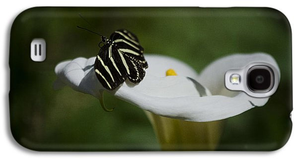 Calla Lilly Galaxy S4 Cases - Zebra Longwing in a Calla Lilly  Galaxy S4 Case by Saija  Lehtonen