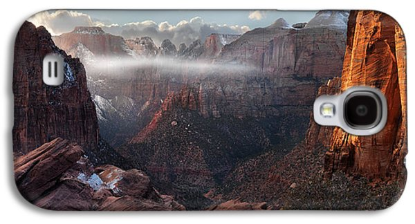 Dreamscape Galaxy S4 Cases - Zion Canyon Grandeur Galaxy S4 Case by Leland D Howard