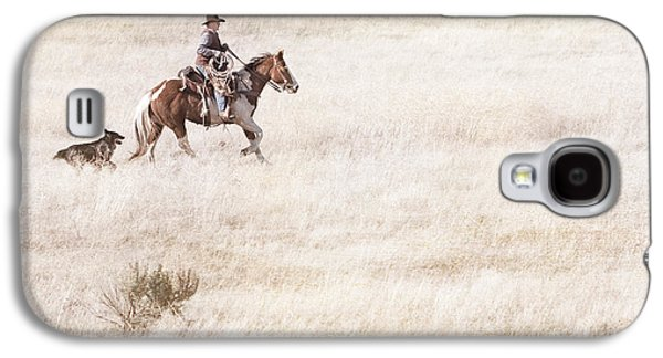 Artist Working Photo Photographs Galaxy S4 Cases - Cowboy and Dog Galaxy S4 Case by Cindy Singleton