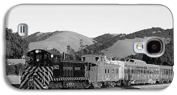 Old Caboose Galaxy S4 Cases - Historic Niles Trains in California . Southern Pacific Locomotive and Sante Fe Caboose.7D10819.bw Galaxy S4 Case by Wingsdomain Art and Photography