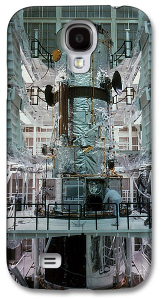 Component Photographs Galaxy S4 Cases - Hubble Space Telescope Galaxy S4 Case by NASA/Science Source
