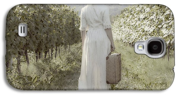 Woman Photographs Galaxy S4 Cases - Lady In Vineyard Galaxy S4 Case by Joana Kruse