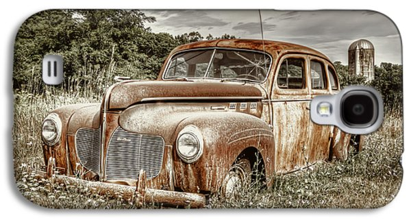 Rusted Cars Galaxy S4 Cases - Old DeSoto - Color Galaxy S4 Case by Scott Norris