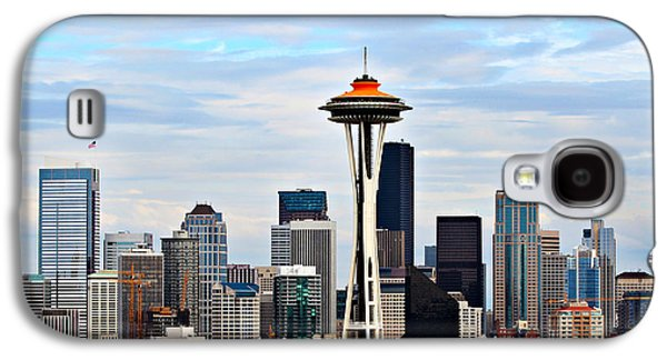 Landmarks Photographs Galaxy S4 Cases - Seattle Galaxy S4 Case by Paul Fell