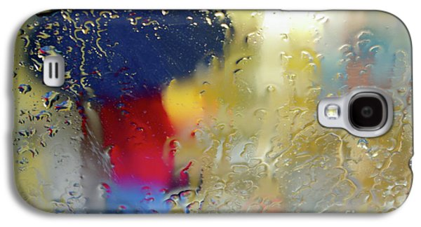 Abstract Rain Galaxy S4 Cases - Silhouette in the Rain Galaxy S4 Case by Carlos Caetano