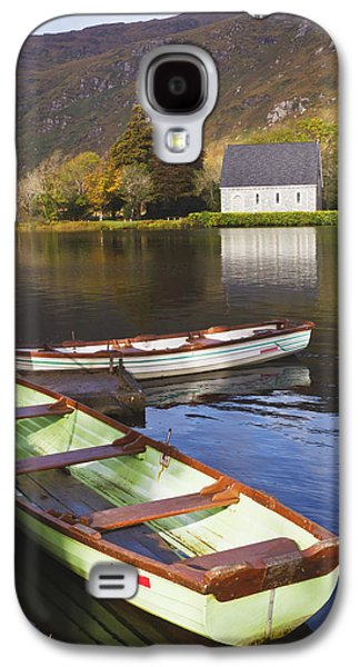 Gougane Barra Church Photographs Galaxy S4 Cases - St. Finbarres Oratory And Rowing Boats Galaxy S4 Case by Ken Welsh