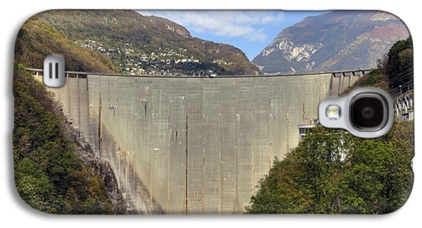 Power Plants Galaxy S4 Cases - Valle Verzasca - Ticino Galaxy S4 Case by Joana Kruse