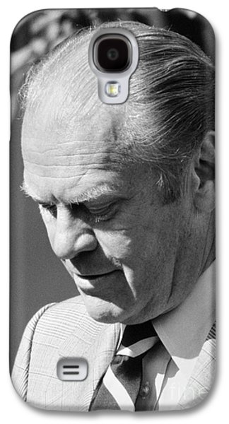 Press Conference Photographs Galaxy S4 Cases - Gerald Ford (1913-2006) Galaxy S4 Case by Granger