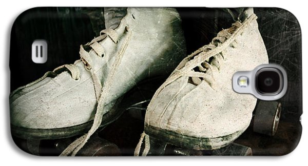 Antique Skates Galaxy S4 Cases - 1950s Roller Skates Galaxy S4 Case by Michelle Calkins