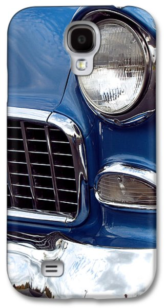 Vintage Car Photographs Galaxy S4 Cases - 1955 Chevy Front End Galaxy S4 Case by Anna Lisa Yoder