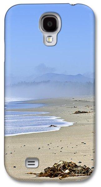 Foggy Ocean Galaxy S4 Cases - Coast of Pacific ocean in Canada Galaxy S4 Case by Elena Elisseeva