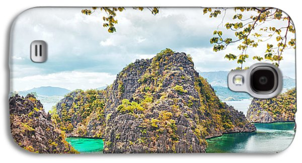 Waterscape Galaxy S4 Cases - Coron lagoon Galaxy S4 Case by MotHaiBaPhoto Prints