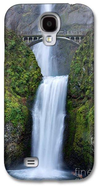 Green Foliage Galaxy S4 Cases - Multnomah Falls Waterfall Oregon Columbia River Gorge Galaxy S4 Case by Dustin K Ryan