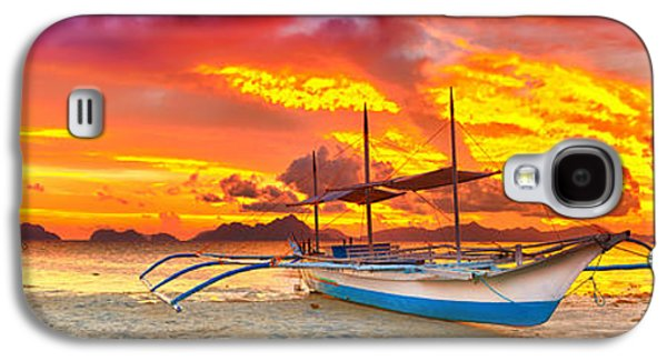 Waterscape Galaxy S4 Cases - Boat at sunset Galaxy S4 Case by MotHaiBaPhoto Prints