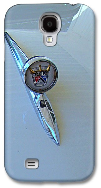 Car Hod Photographs Galaxy S4 Cases - 57 Fairlane 500 Emblem Galaxy S4 Case by Nick Kloepping