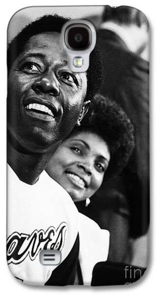Press Conference Photographs Galaxy S4 Cases - Hank Aaron (1934- ) Galaxy S4 Case by Granger
