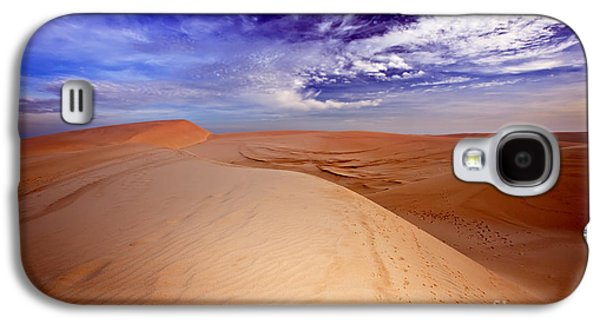 Sahara Sunlight Galaxy S4 Cases - Desert Galaxy S4 Case by MotHaiBaPhoto Prints
