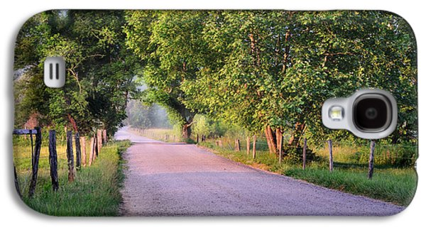 Old Country Roads Photographs Galaxy S4 Cases - A Beautiful Sparks Lane Morning Galaxy S4 Case by Thomas Schoeller