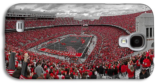 Football Photographs Galaxy S4 Cases - A Sea Of Scarlet Galaxy S4 Case by Kenneth Krolikowski