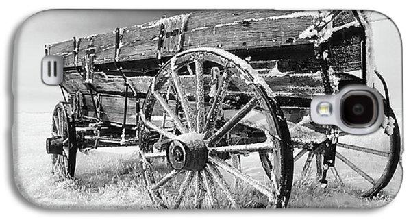 Old Western Photos Galaxy S4 Cases - Farming Nostalgia Galaxy S4 Case by Bob Christopher