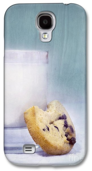 Life Photographs Galaxy S4 Cases - After School Snack Galaxy S4 Case by Priska Wettstein