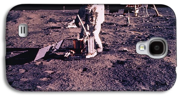 Component Photographs Galaxy S4 Cases - Apollo 11 Astronaut Aldrin Deploying Galaxy S4 Case by NASA / Science Source