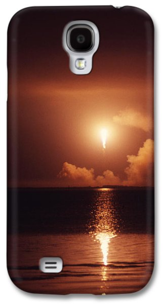 Cosmic Space Paintings Galaxy S4 Cases - Apollo 17 Carrying The Fire Galaxy S4 Case by Don Dixon