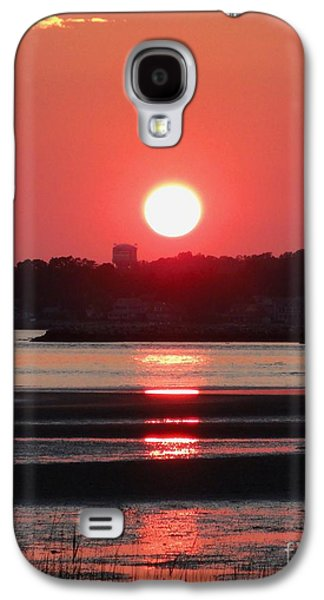 Reflection Of Sun In Clouds Galaxy S4 Cases - Aura of a sunset Galaxy S4 Case by Meandering Photography