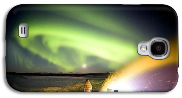 Observer Photographs Galaxy S4 Cases - Aurora Watching, Time-exposure Image Galaxy S4 Case by Chris Madeley