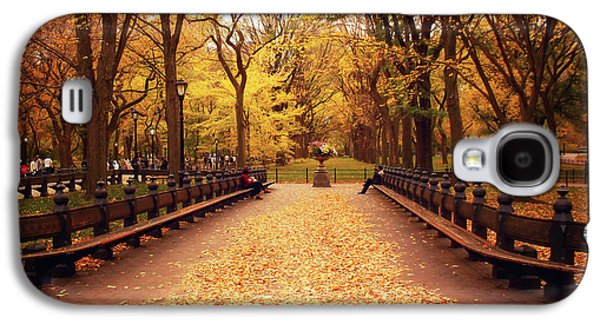 Autumn Foliage Galaxy S4 Cases - Autumn - Central Park - New York City Galaxy S4 Case by Vivienne Gucwa