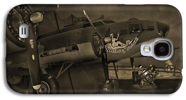 Warbird Galaxy S4 Cases - B - 17 Field Maintenance  Galaxy S4 Case by Mike McGlothlen
