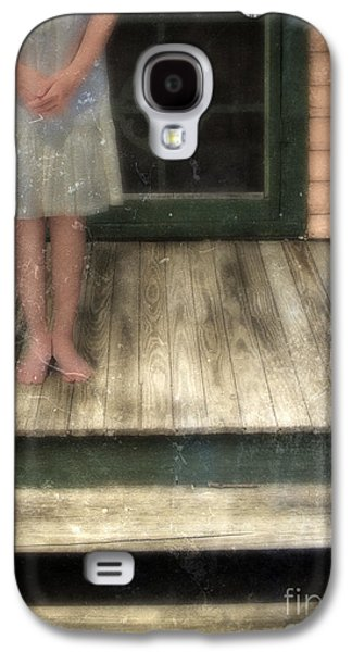 Screen Doors Galaxy S4 Cases - Barefoot Girl on Front Porch Galaxy S4 Case by Jill Battaglia