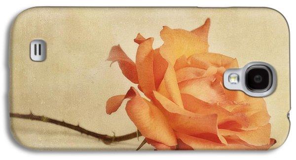 Floral Still Life Galaxy S4 Cases - Bellezza Galaxy S4 Case by Priska Wettstein