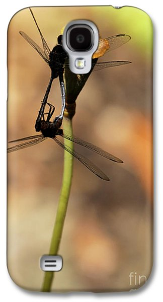 Preditor Galaxy S4 Cases - Black Dragonfly Love Galaxy S4 Case by Sabrina L Ryan
