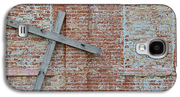 Crosses Photographs Galaxy S4 Cases - Brick Wall Cross Galaxy S4 Case by Nikki Marie Smith