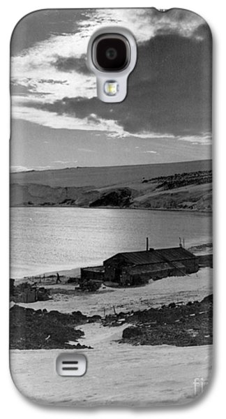 Captains Quarters Galaxy S4 Cases - Captain Robert Falcon Scotts Winter Galaxy S4 Case by Photo Researchers