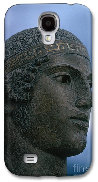 Greek Sculpture Galaxy S4 Cases - Charioteer Of Delphi Galaxy S4 Case by Photo Researchers
