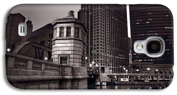 Chicago River Galaxy S4 Cases - Chicago River Bridgehouse Galaxy S4 Case by Steve Gadomski