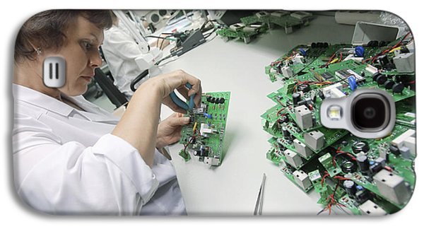 Component Galaxy S4 Cases - Circuit Board Assembly Work Galaxy S4 Case by Ria Novosti