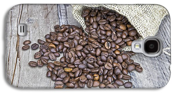 Coffee Drinking Galaxy S4 Cases - Coffee beans Galaxy S4 Case by Joana Kruse