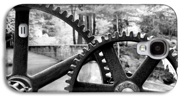 Machinery Galaxy S4 Cases - Cogs Galaxy S4 Case by Greg Fortier