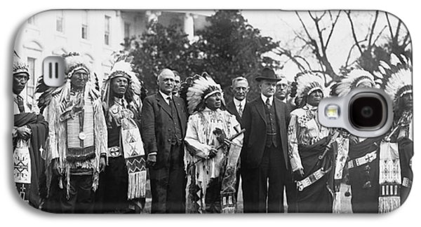 Coolidge With Native Americans Galaxy S4 Case by Photo Researchers