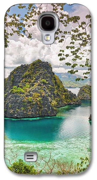 Island Galaxy S4 Cases - Coron lagoon Galaxy S4 Case by MotHaiBaPhoto Prints