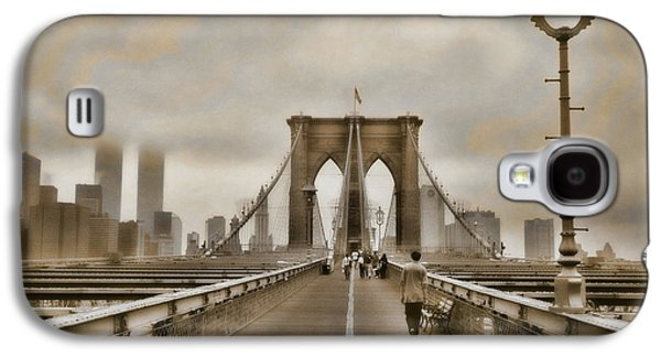 Twin Towers Nyc Galaxy S4 Cases - Crossing Over Galaxy S4 Case by Joann Vitali