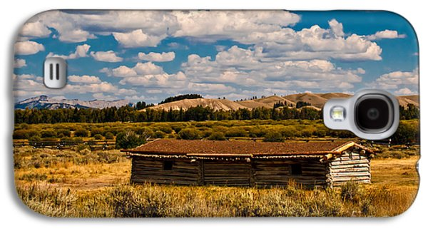 Log Cabin Photographs Galaxy S4 Cases - Cunningham Cabin II Galaxy S4 Case by Robert Bales