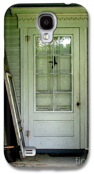Original Art Photographs Galaxy S4 Cases - Farm House Door in White Galaxy S4 Case by Colleen Kammerer